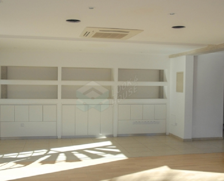 00_Office_for_rent_in_nicosia_center