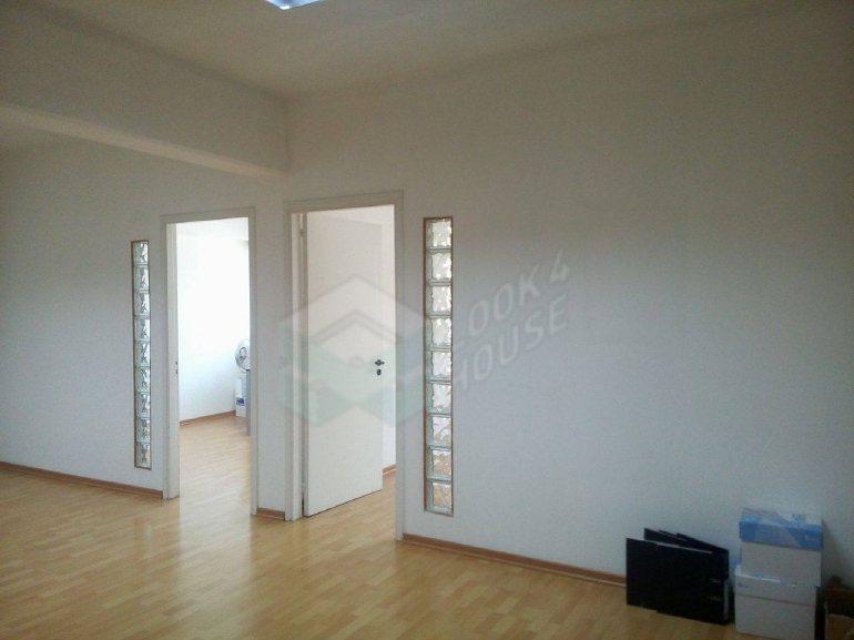 Office_for_rent_in_nicosia_center_00