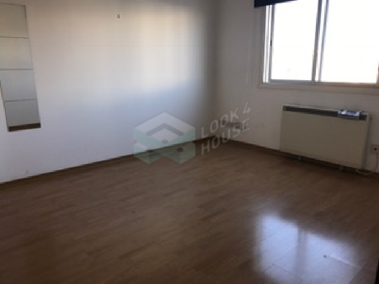 Office_for_sale_in_engomi_