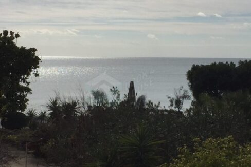 flat_for_sale_in_coral_beach_