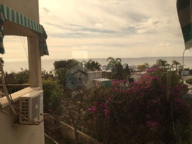 flat_for_sale_in_coral_beach_066