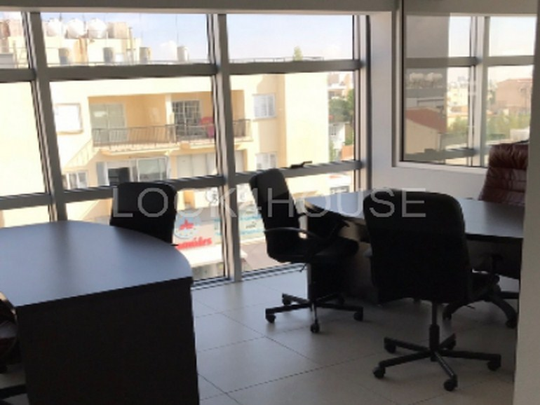offices_strovolos_004