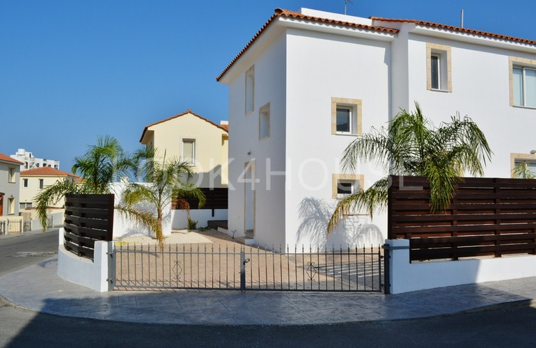 house_in_pernera_11