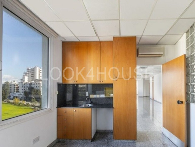 offices_strovolos-2